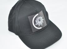 бейсболка черная с логотипом, нанесение - термоперенос