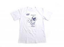 белая футболка с печатью рисунка