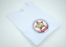 белая х/б футболка с нанесением эмблемы