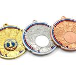 Медали с государственной символикой