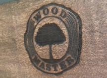 Оттиск термоклише на деревянной поверхности